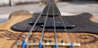 handmade-guitars-PA220044