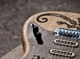 handmade-guitars-lizard