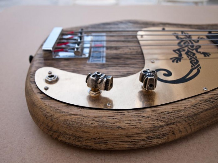 handmade-guitars-Skull bass4