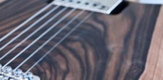 handmade-guitars-skull4