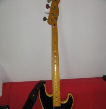 20150224174205 classic vibe precision bass 50s maple fingerboard butterscot 1421271814 739 e